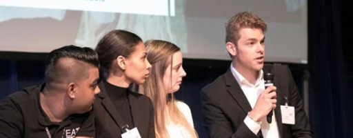 Ervaringsdeskundige ExpEx jonge ouders op congres