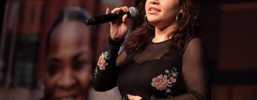 Moraya zingt op congres